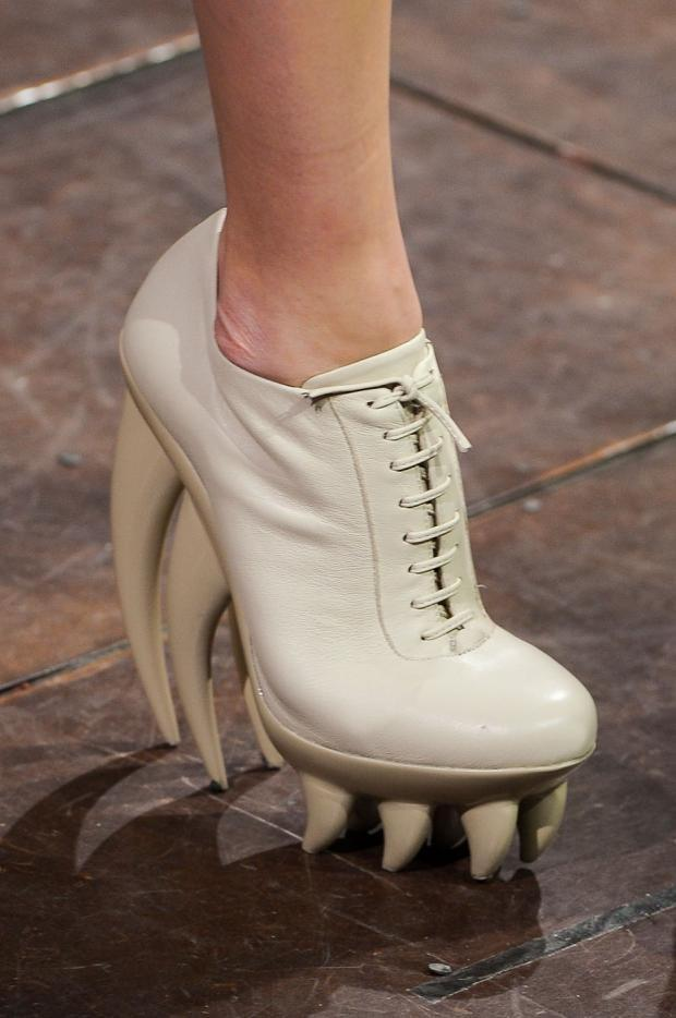 Not a new Iris van Herpen trend, but this shoe is shark scarily cool