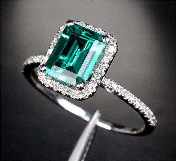 2.56ct Emerald Engagement Ring Wedding Ring Diamond Halo in Solid 14K