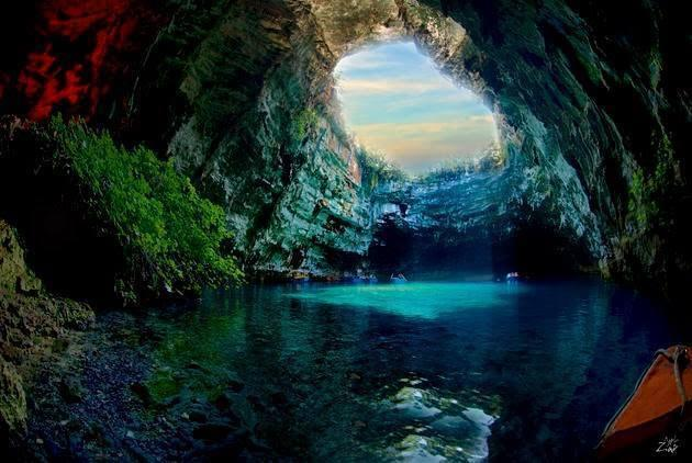 The Breathtaking Melissani Cave in Greece... amazing!