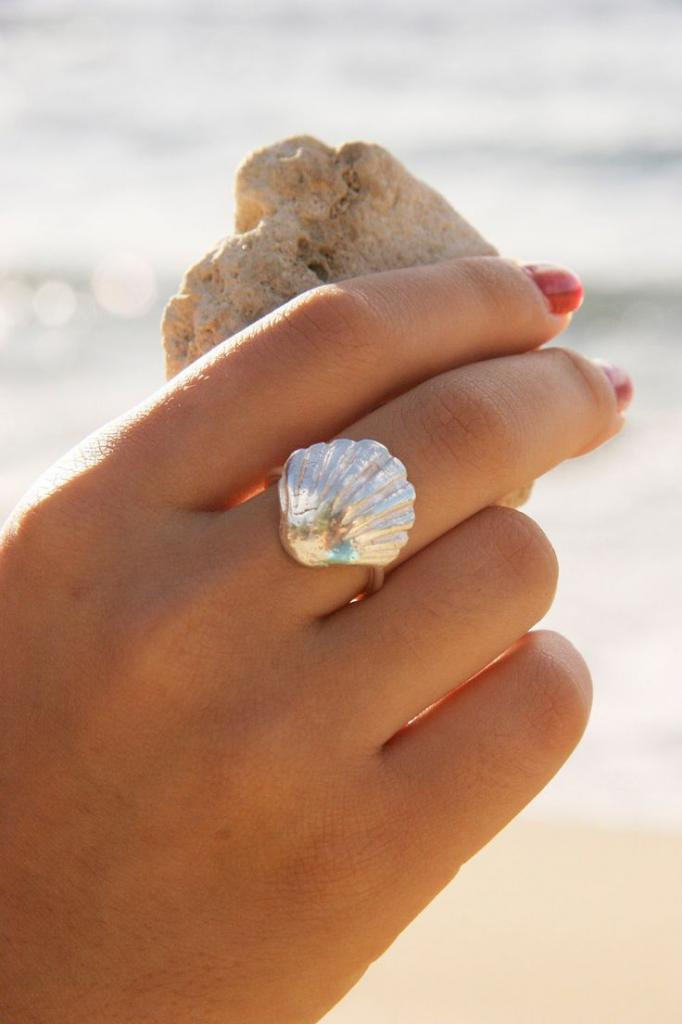 Sterling Silver Seashell Ring.
