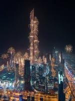 4 Amazing 2015 New Year Eve Lightining Photos of Dubai
