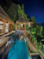 Outside Pool Design Luxury Resorts at Seychelles