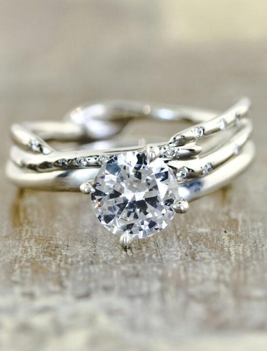 Well This is probobly my absolute dream ring. I might be in Love! The