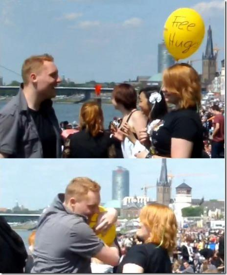 Free hugs Balloon.. LOL