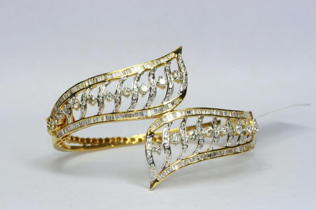 Modern jewellery deisgns