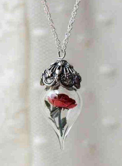 Just like Beauty and the Beast.. Best Necklace Design