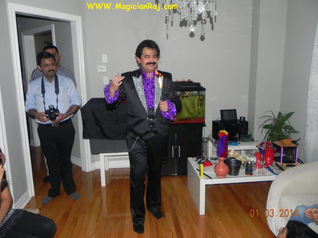 Oakville Magician Raj