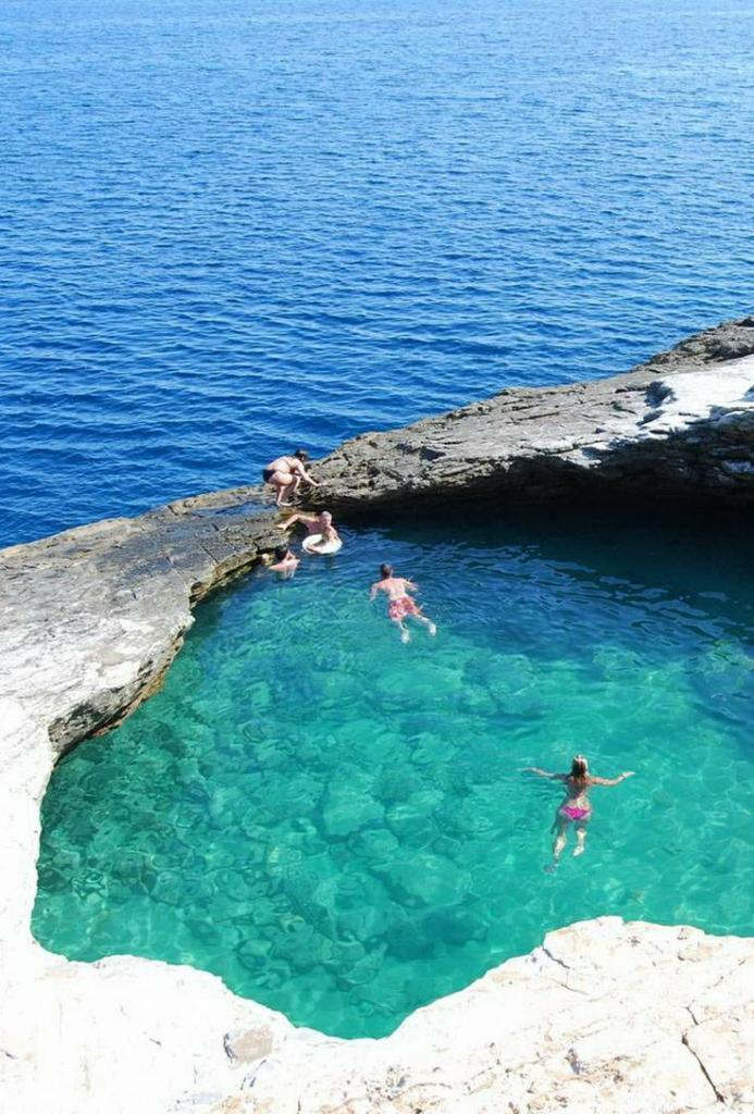 The Most Amazing Pools all Over the World, Giola Lagoon, a natural poo