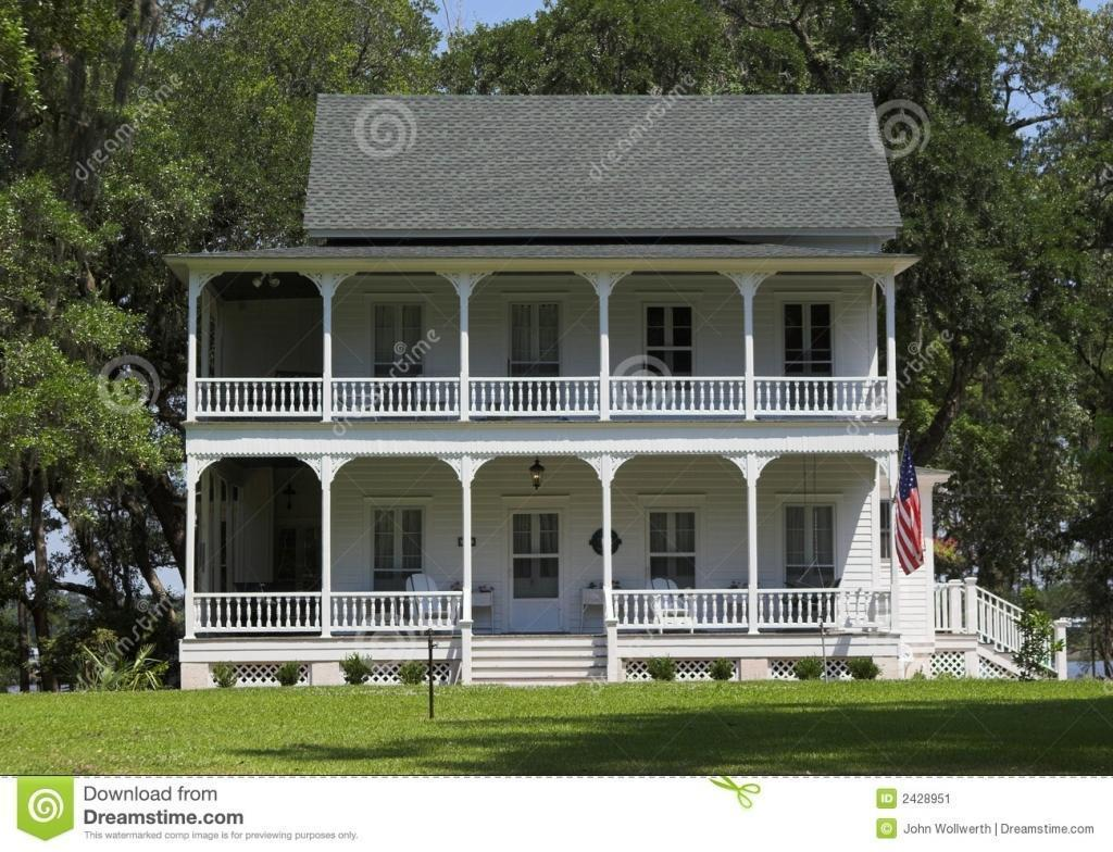 small plantation style house