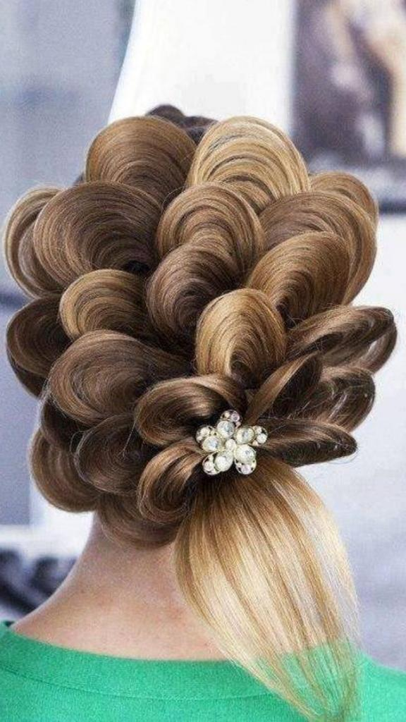Prom hairstyle updo 2018