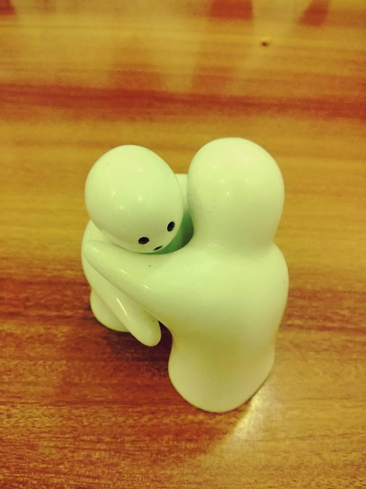 Salt and pepper shakers in love.