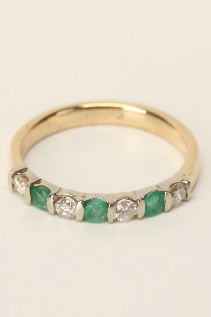 Diamond & Emerald Ring In Gold.