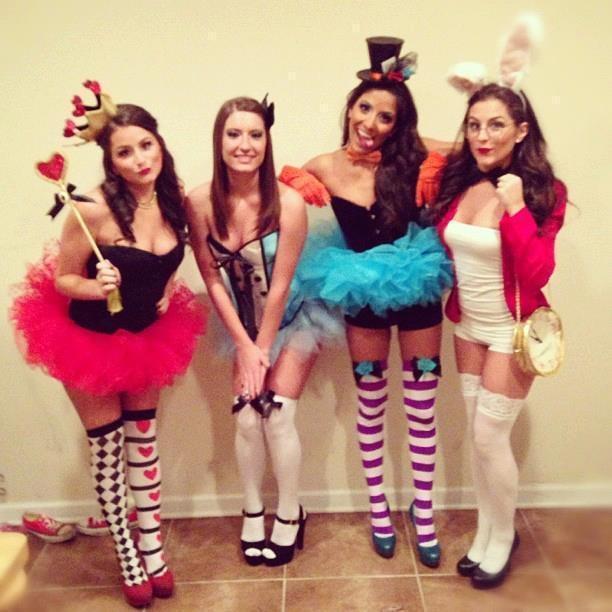Alice In Wonderland Group 73