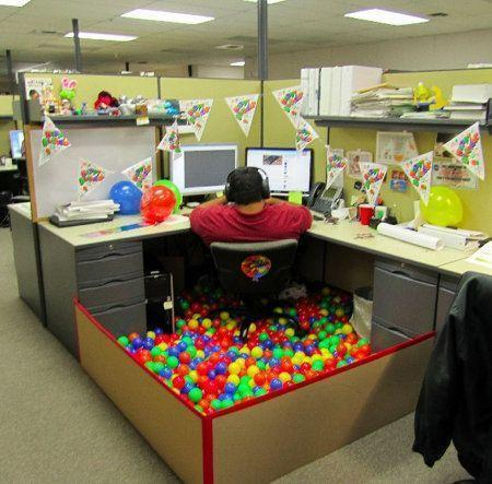 I don't work in a cubicle but if I did...I would so do this...