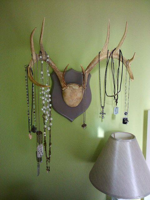 jewelry storage. I WANT THIS!!!! maybe with my next deer