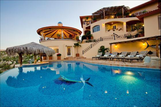 One of the most beautiful houses ever build fanphobia celebrities database for Most amazing swimming pools in the world