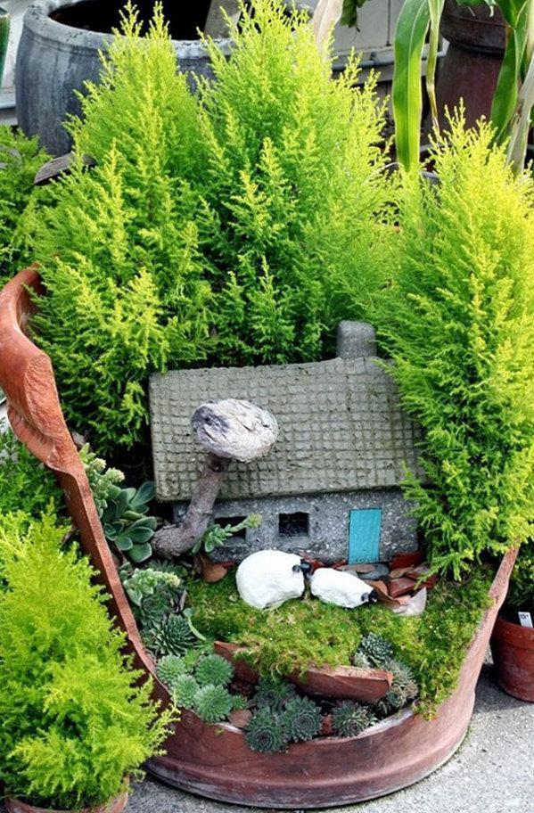 Using tiny ferns or pine you can create a woodsy seclusion.