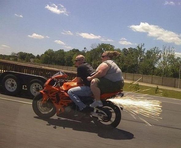 bike pressing by fat women