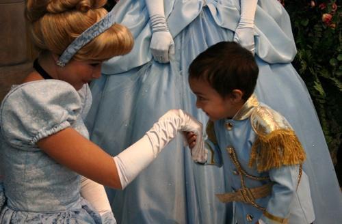 Awe! Baby prince!