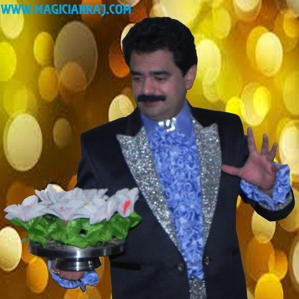 Toronto Magician Raj