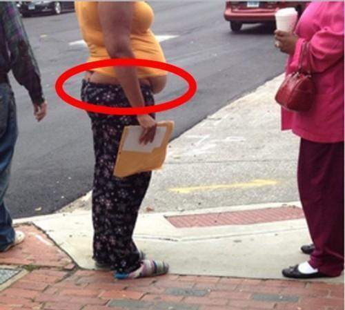 Epic Fashion Fail Butt Crack big Stomach
