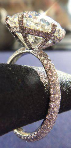 Such a Gorgeous Ring♥