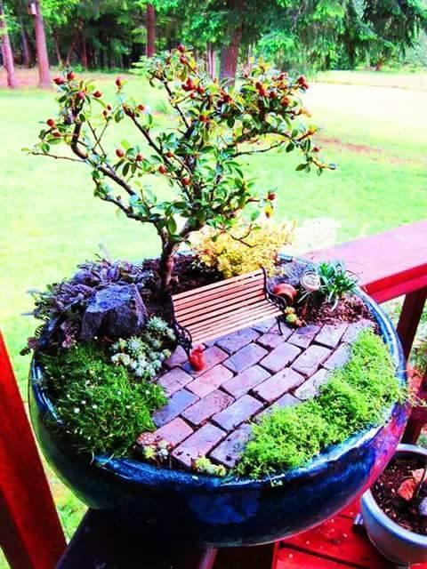 DiY mini fairy tale Gardens