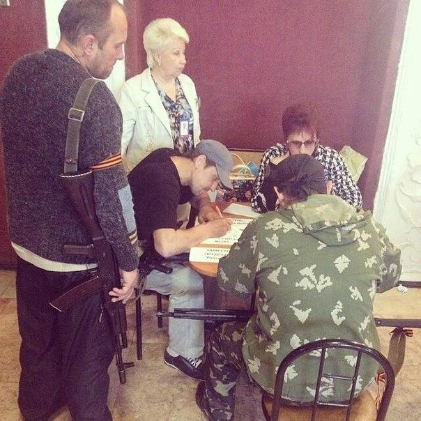The Shocking Truth about the referendum in eastern Ukraine a man with