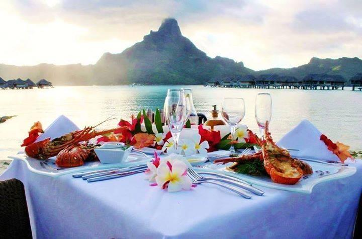 The perfect place for dinner... Bora Bora!