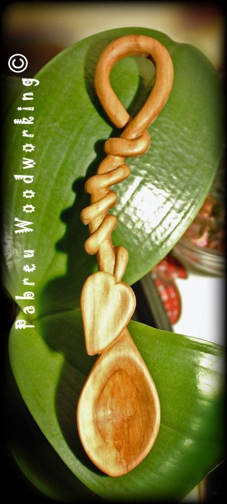 Love Spoon - Carved by hand following the Welsh tradition