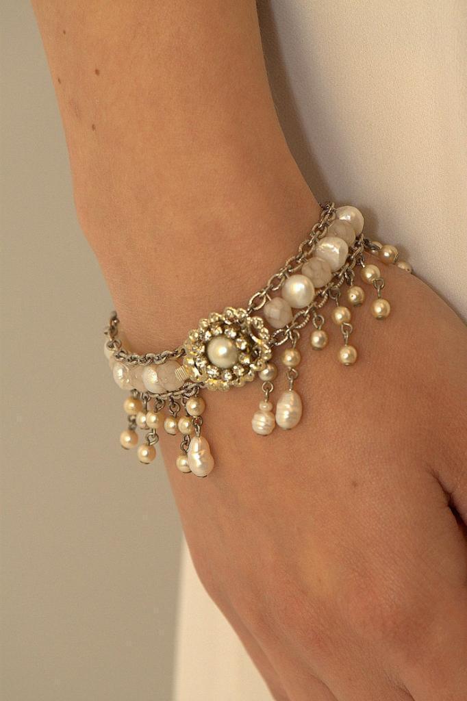Bridal Bracelet,Pearls Wedding Bracelet,Rhinestone,Vintage Style…
