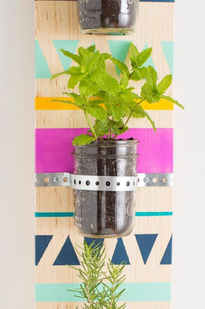 Make a Hip Herb Garden to Fit Even the Smallest of Spaces
