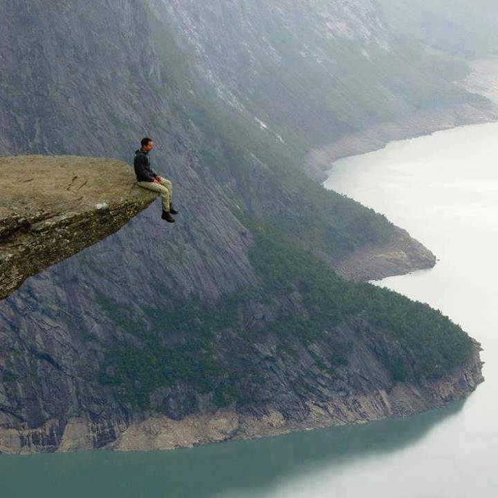 Amazing Clif Photo of Trolltunga, Norway