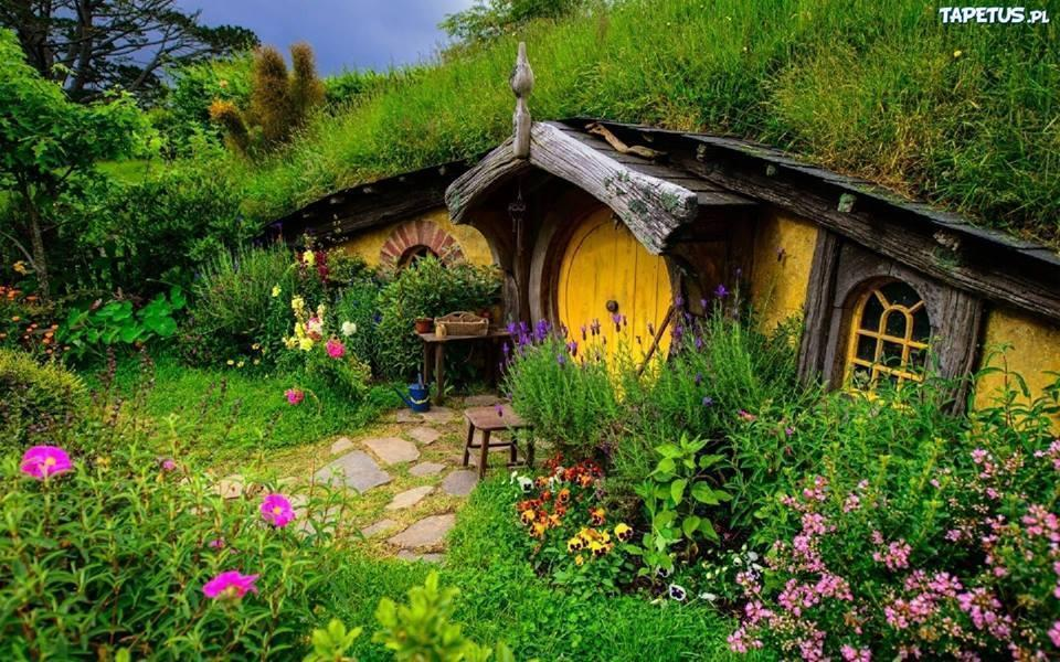 Lord of the Rings Cottage Photo