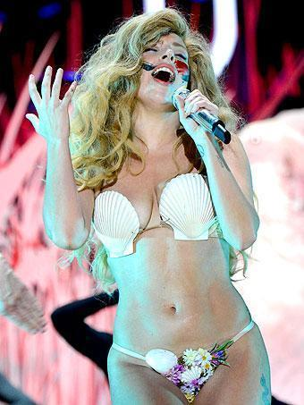 Lady Gaga Craziest VMA 2013 Looks
